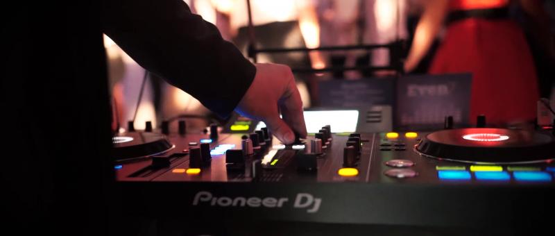 DJ de Rennes pour votre cocktail
