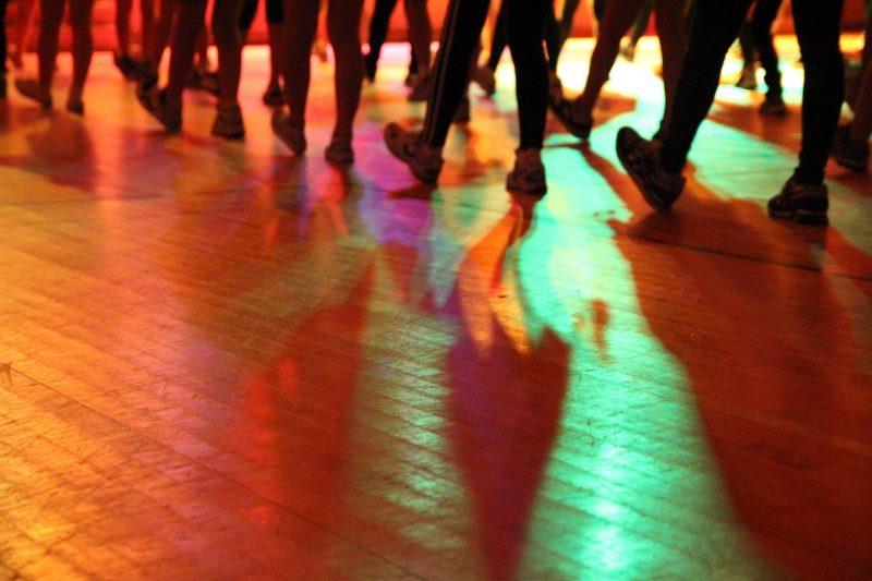 Soirée dansante avec DJ à Rennes